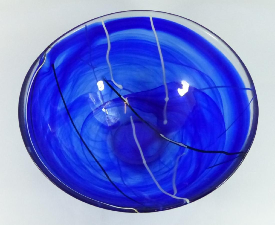 KOSTA BODA LARGE CONTRAST BOWL BLUE SWIRL DESIGN - 10