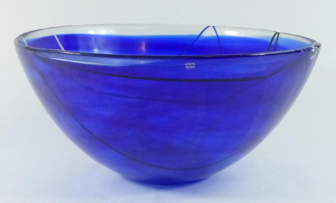 KOSTA BODA LARGE CONTRAST BOWL BLUE SWIRL DESIGN - 8