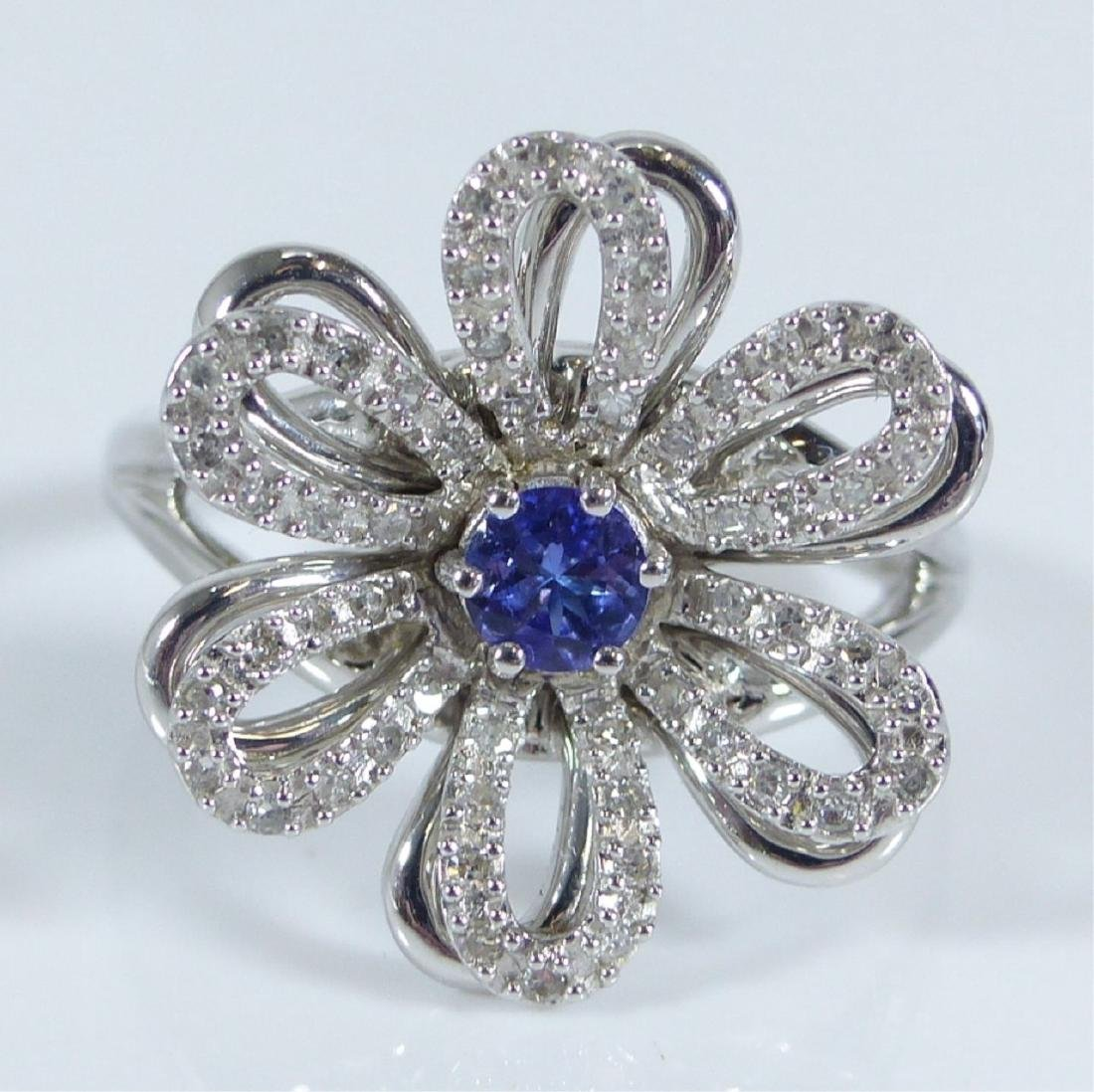 14kt WHITE GOLD TANZANITE & DIAMOND FLOWER RING - 9