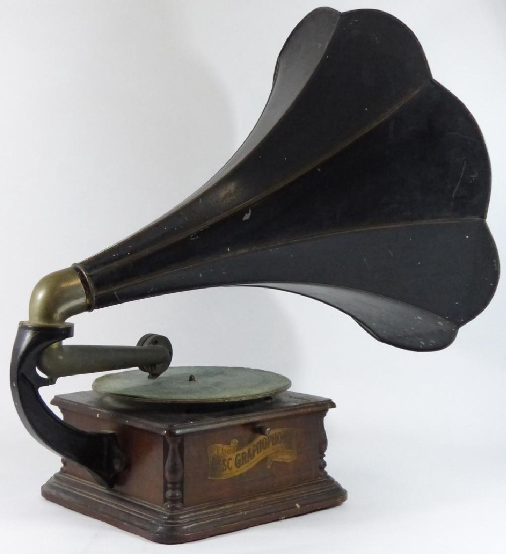 ANTIQUE COLUMBIA DISC GRAPHOPHONE - 2