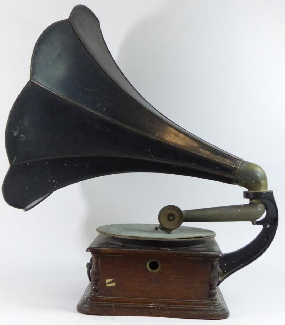 ANTIQUE COLUMBIA DISC GRAPHOPHONE - 5