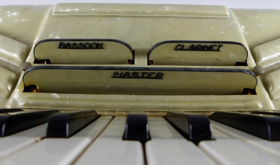 CRUCIANELLI ITALIAN PIANO ACCORDION - 6