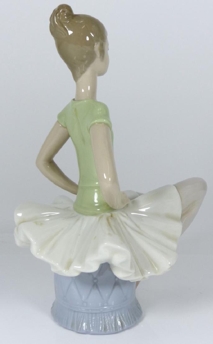 LLADRO 'LAURA' BALLERINA PORCELAIN FIGURE #1360 - 3