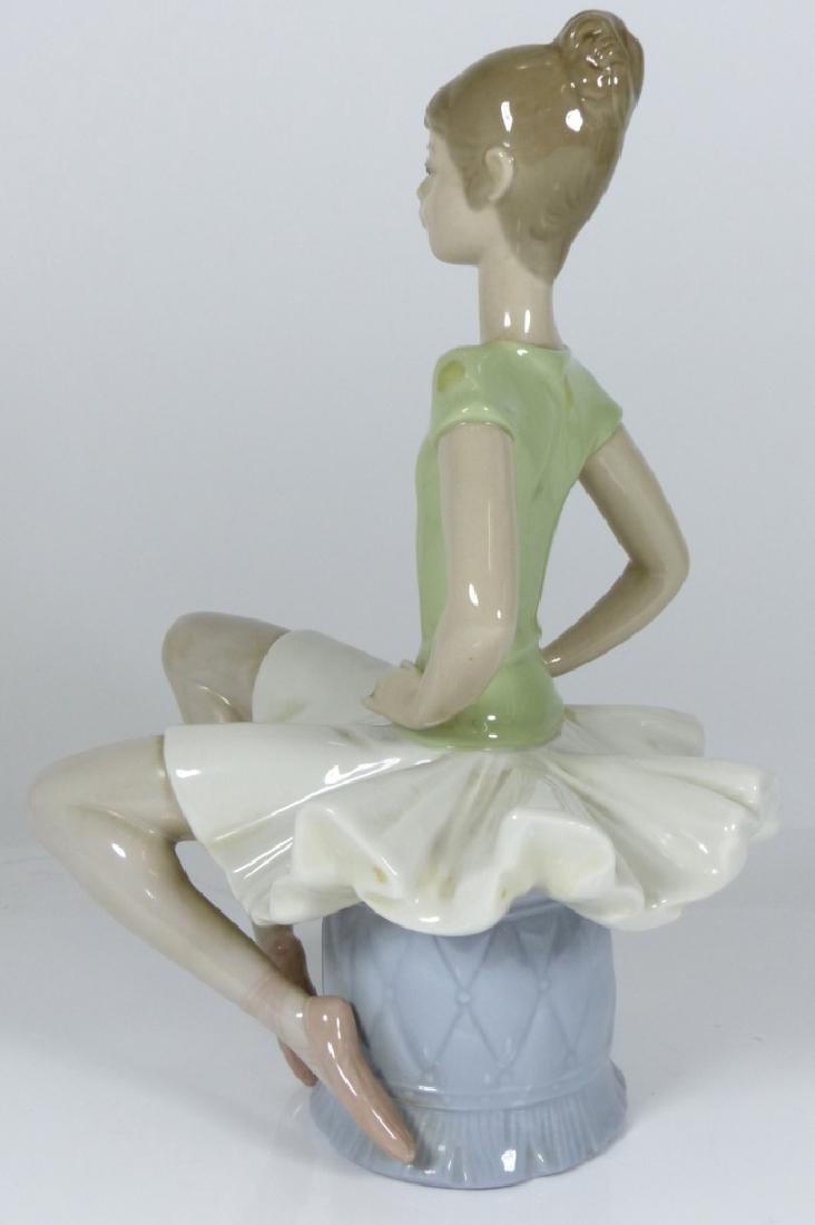 LLADRO 'LAURA' BALLERINA PORCELAIN FIGURE #1360 - 5