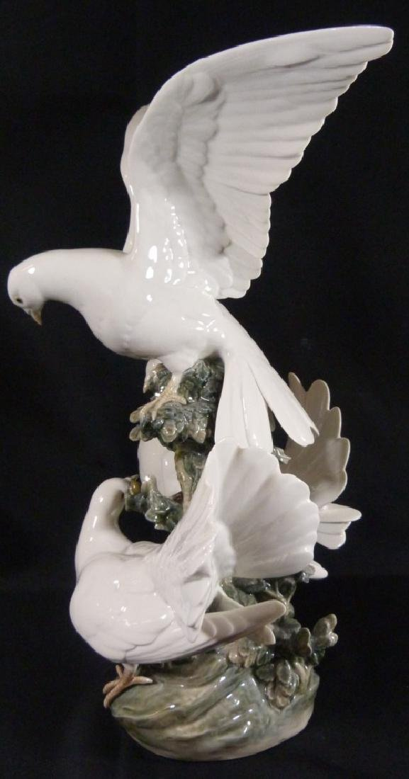 """LARGE RETIRED LLADRO """"GROUP OF DOVES"""" SCULPTURE - 2"""