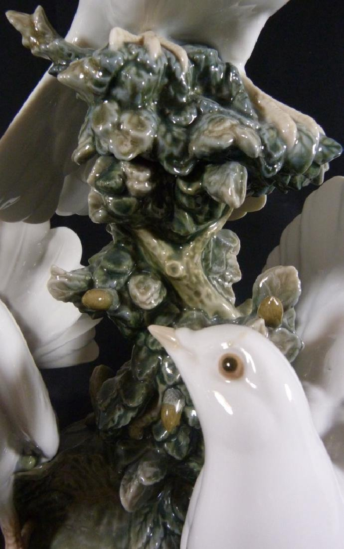 """LARGE RETIRED LLADRO """"GROUP OF DOVES"""" SCULPTURE - 7"""