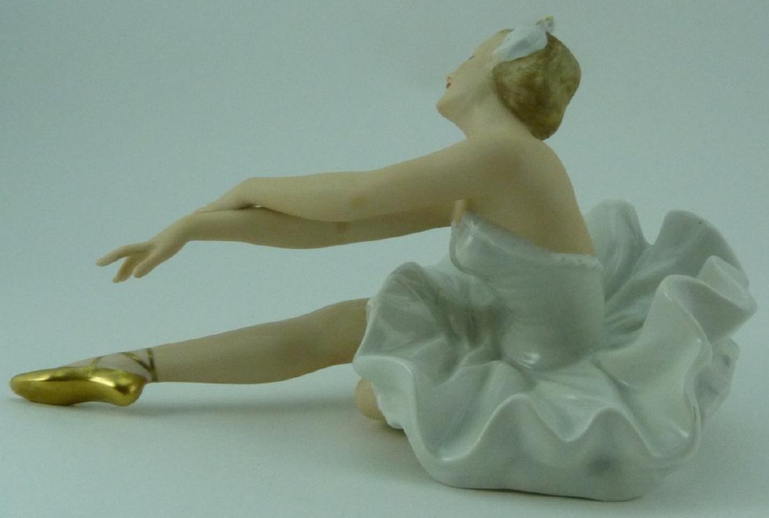 WALLENDORF PORCELAIN DANCER FIGURINE - 2