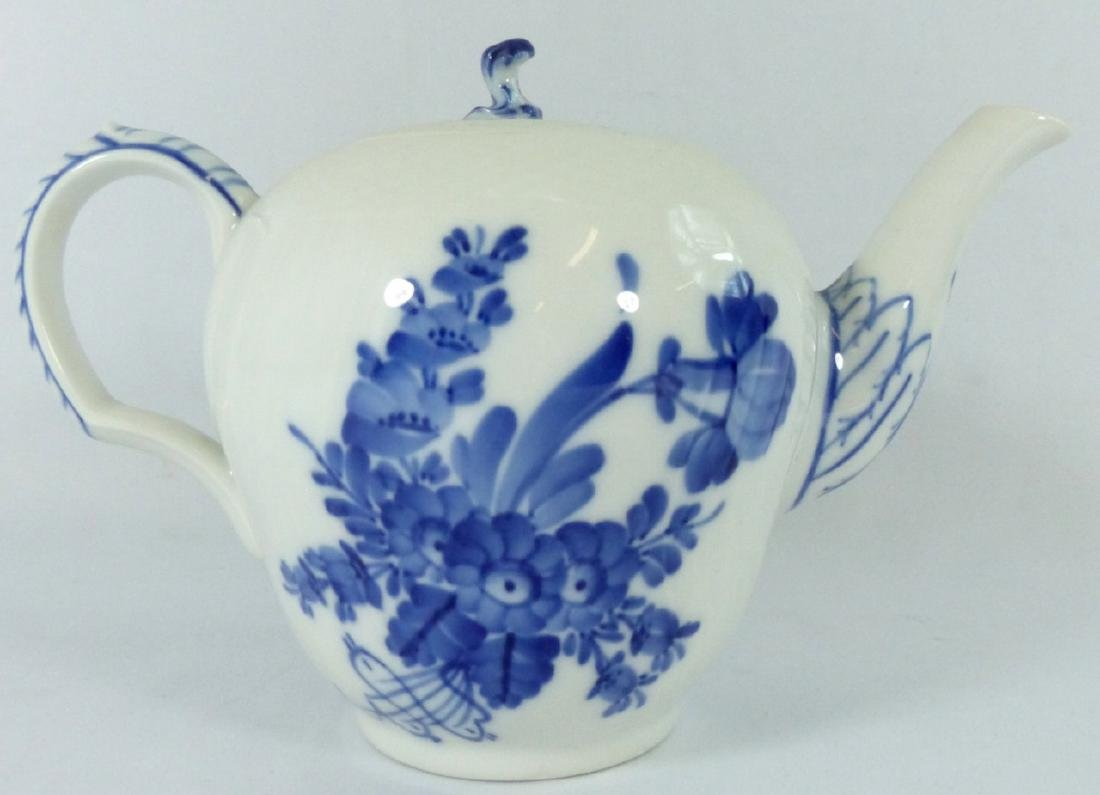 ROYAL COPENHAGEN 'BLUE FLOWERS' PORCELAIN TEAPOT