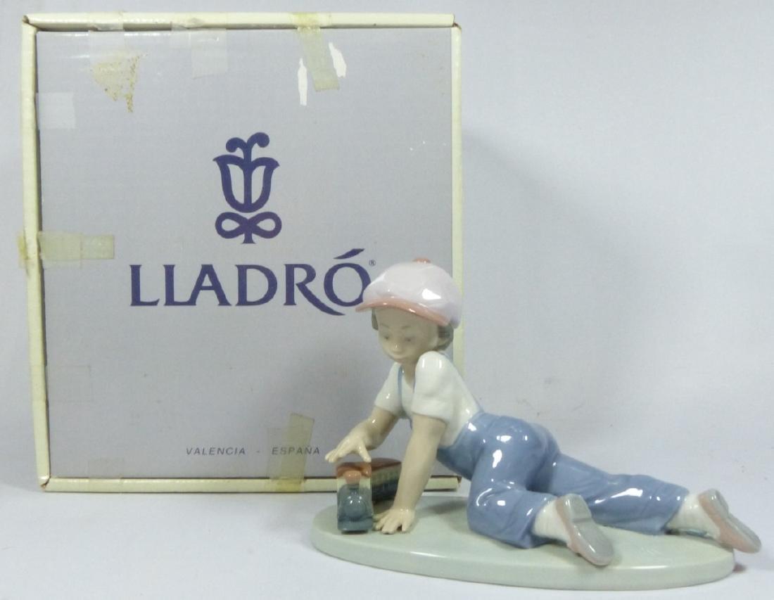 LLADRO 'ALL ABOARD' 7619 PORCELAIN FIGURINE w BOX - 7