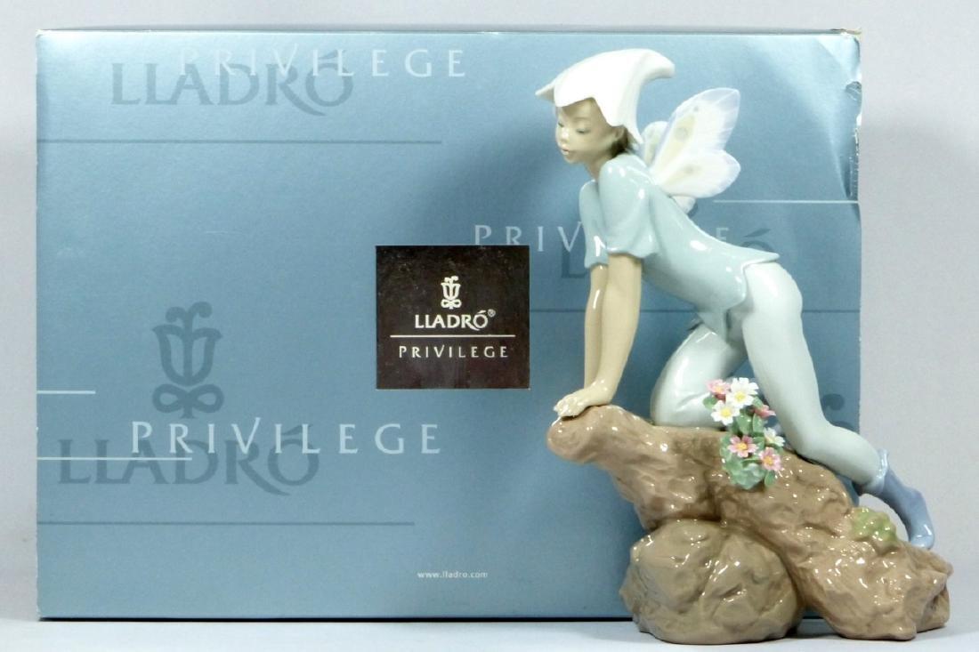 "LLADRO 'PRINCE OF THE ELVES"" 7690 FIGURINE w BOX - 9"
