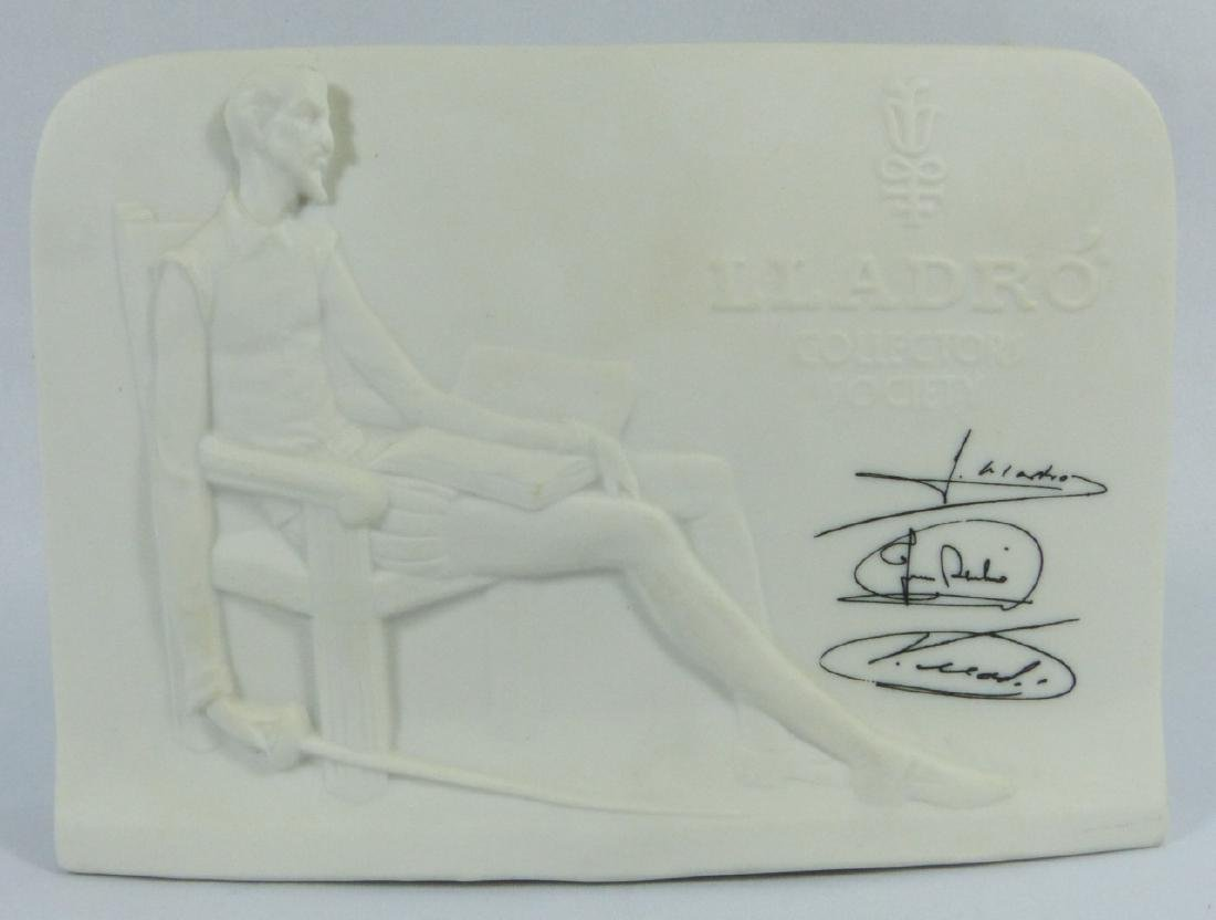 4pc LLADRO PORCELAIN CANDLE HOLDERS & PLAQUES - 4