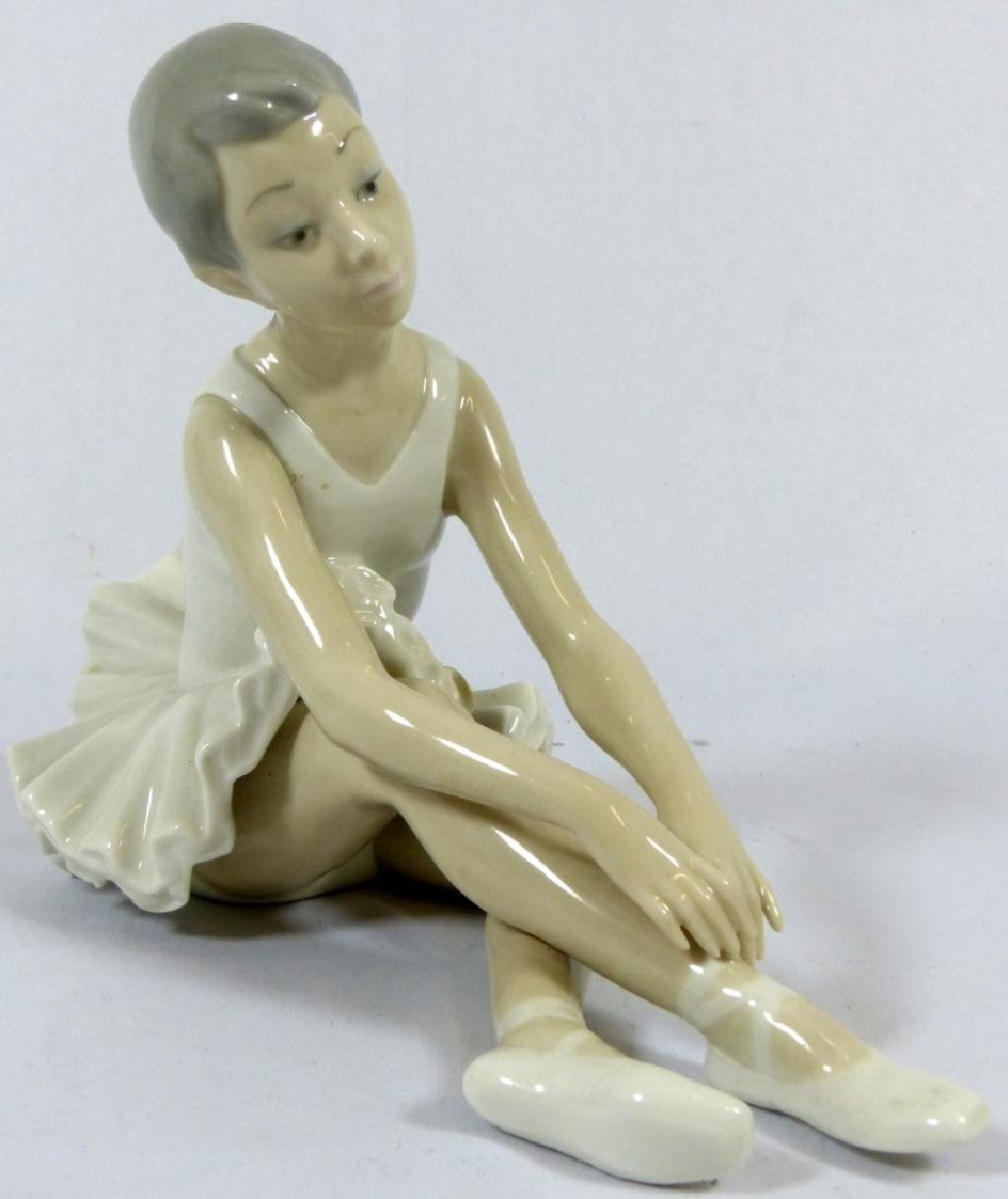 2pc LLADRO & NAO PORCELAIN FIGURINES - 7