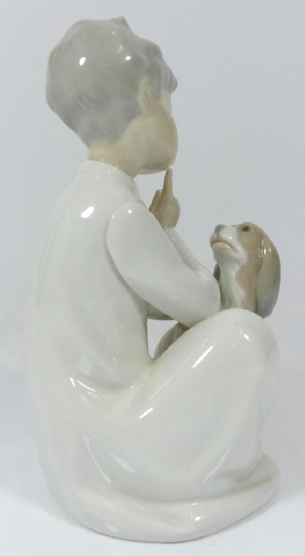LLADRO 'BOY WITH DOG' PORCELAIN FIGURE #4522 - 3