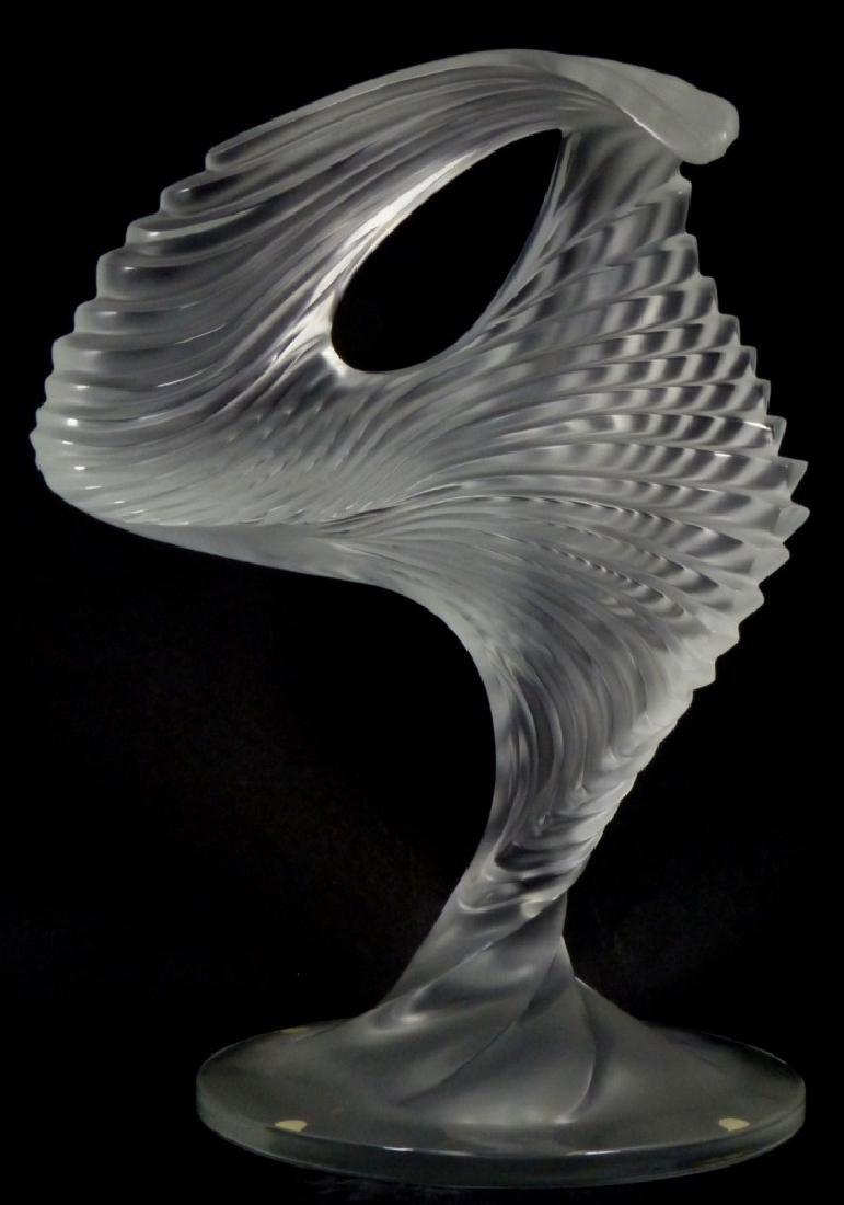 LALIQUE FROSTED ART GLASS MOYEN MODELE TROPHY - 2