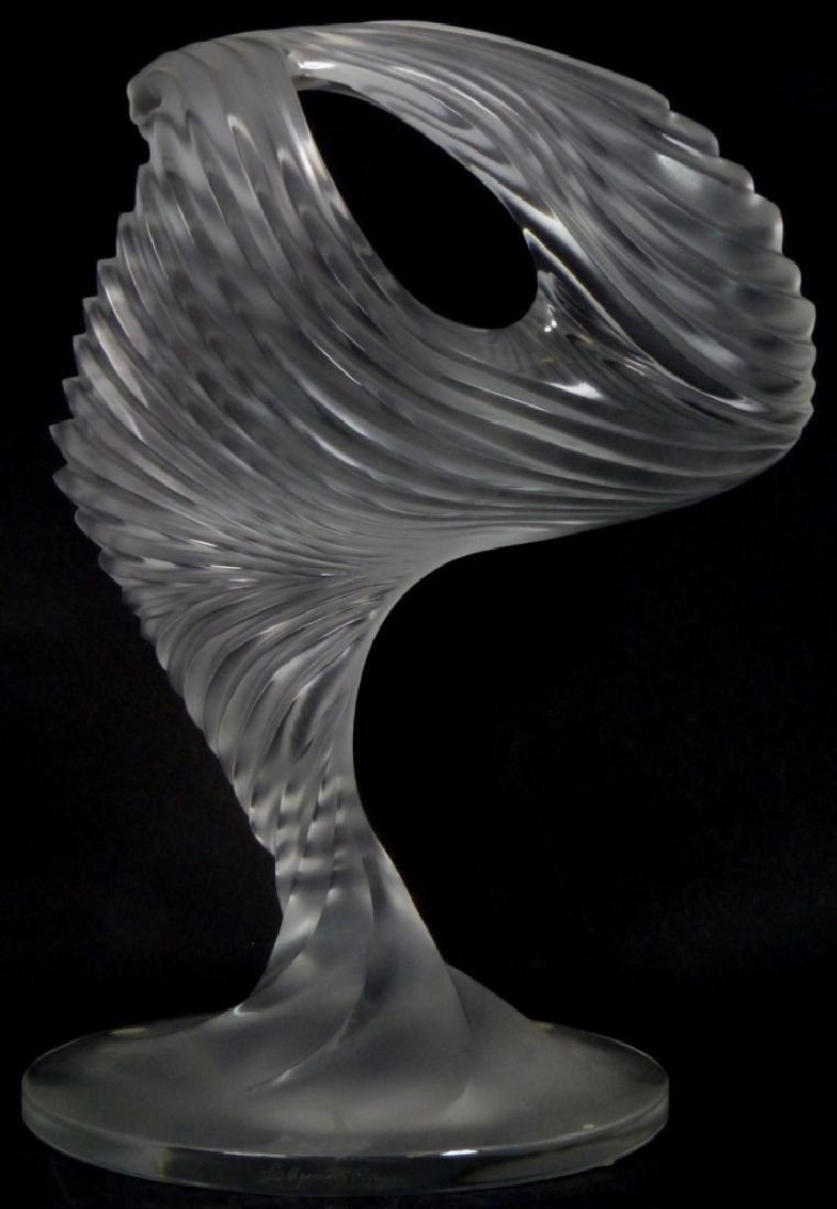 LALIQUE FROSTED ART GLASS MOYEN MODELE TROPHY - 4