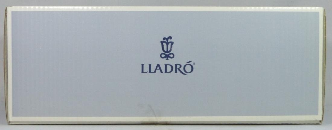 LLADRO 'TIMID GEISHA' 4990 PORCELAIN FIGURE w BOX - 7