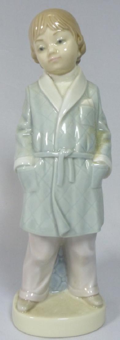 LLADRO 'BOY w SMOKING JACKET' 4900 FIGURINE w BOX
