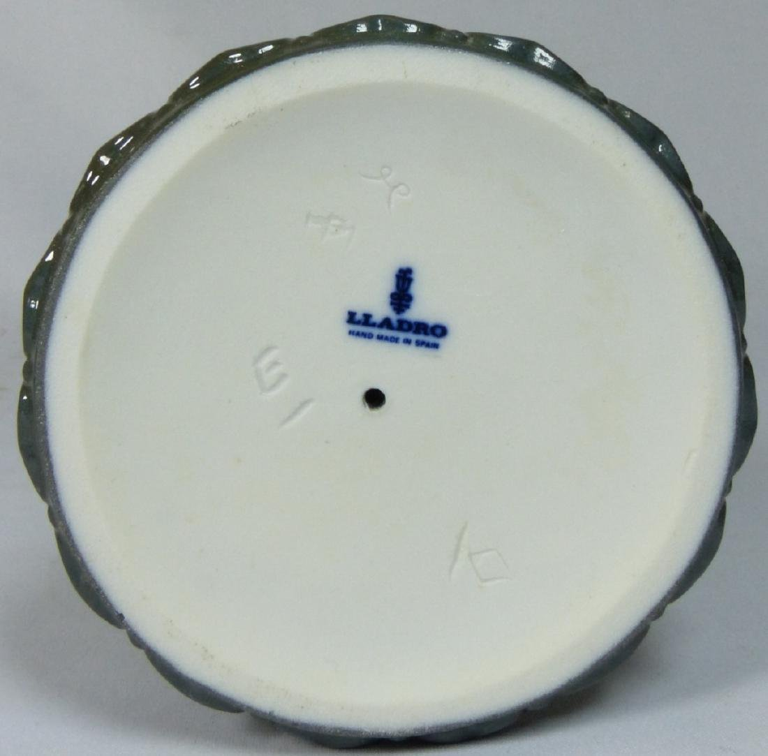 LLADRO 'SAYONARA' 4989 PORCELAIN FIGURINE w BOX - 7