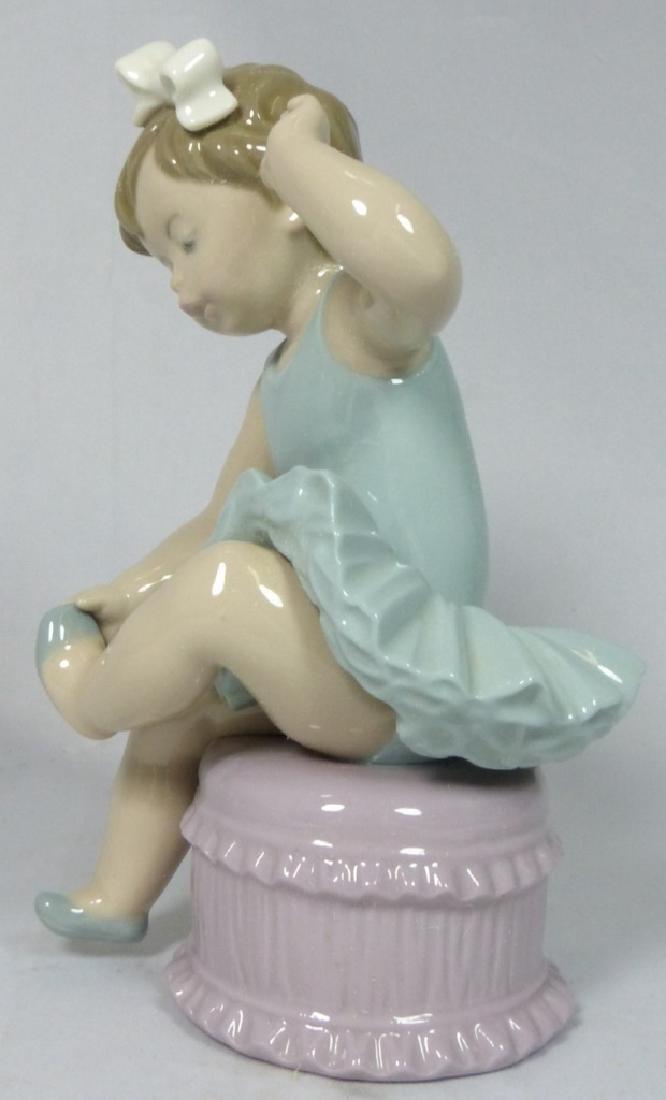 LLADRO 'BALLET GIRL' 5107 PORCELAIN FIGURINE w BOX - 4