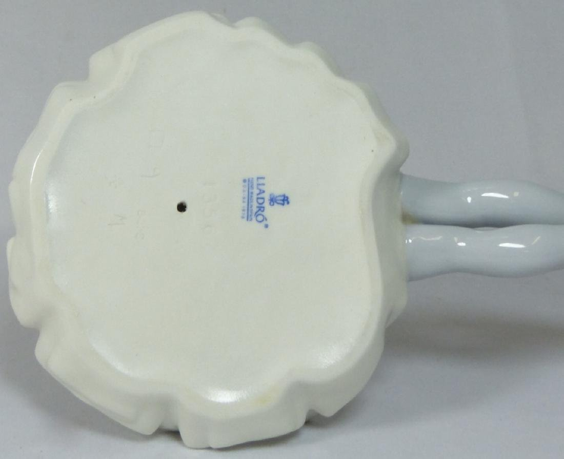 LLADRO 'PHYLLIS' 1356 PORCELAIN FIGURINE w BOX - 5