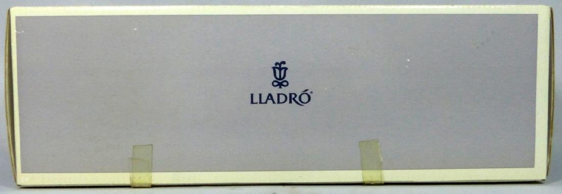 LLADRO 'ALL AMERICAN' 6191 PORCELAIN FIGURE w BOX - 6