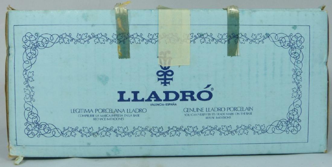 LLADRO 'SUMMER' 5219 PORCELAIN FIGURINE w BOX - 7