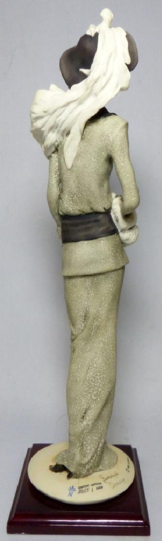 GIUSEPPE ARMANI PORCELAIN FIGURINE LADY w MUFF - 5