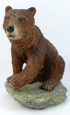 BOEHM BROWN BEAR PORCELAIN SCULPTURE