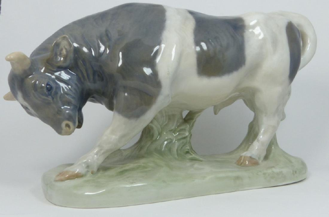 ROYAL COPENHAGEN PORCELAIN BULL SCULPTURE - 3
