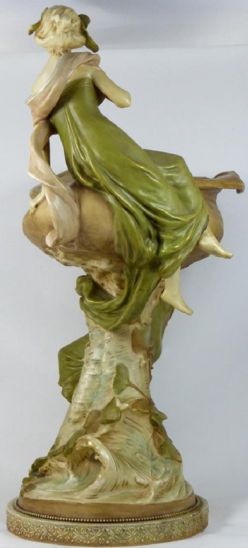 ROYAL DUX LARGE PORCELAIN FIGURAL CENTERPIECE - 4