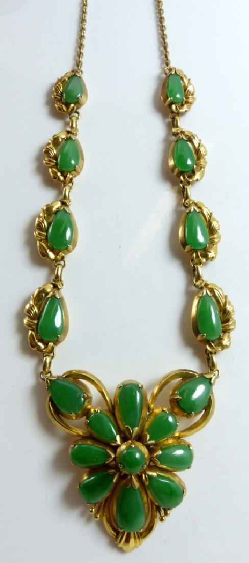 CHINESE 14kt YELLOW GOLD JADEITE CABOCHON NECKLACE