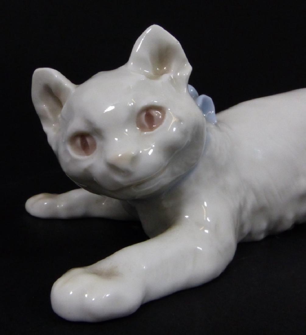 MEISSEN GERMAN PORCELAIN CAT FIGURINE - 7