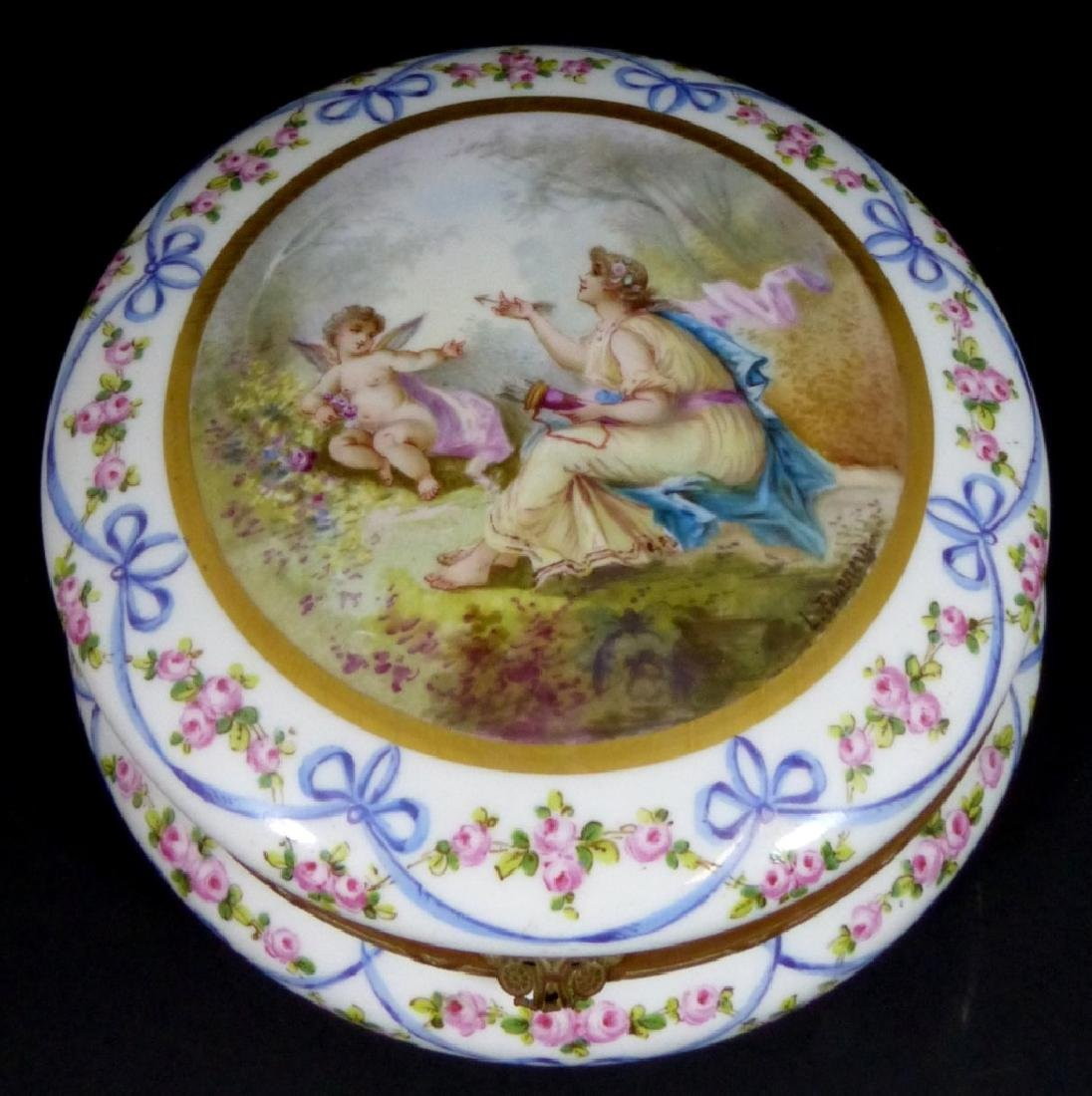 SEVRES STYLE FRENCH PORCELAIN LARGE ROUND BOX