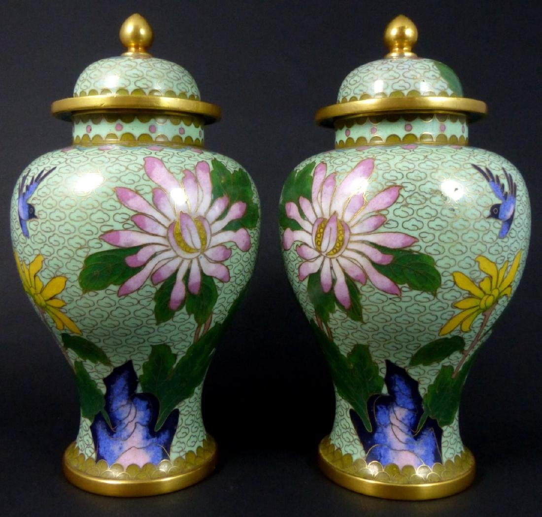 PR CHINESE CLOISONNE LIDDED URNS