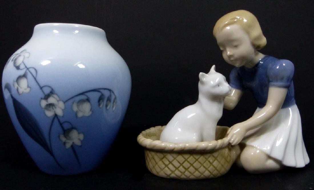 2pc BING & GRONDAHL PORCELAIN CAT FIGURINE & VASE