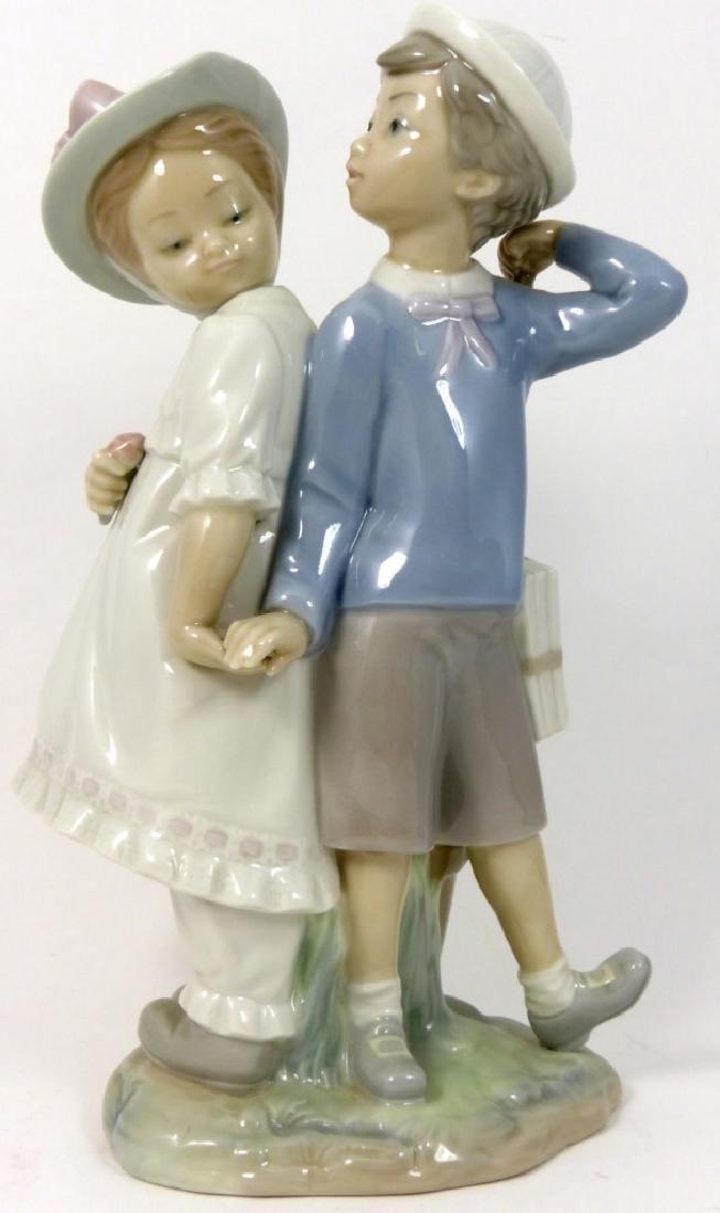 LLADRO 'PUPPY LOVE' PORCELAIN FIGURINE