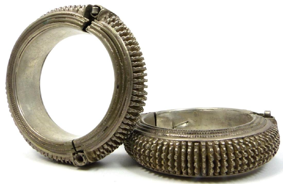 PR TRIBAL INDIAN SILVER SPIKE BANGLE BRACELETS