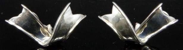 PR TIFFANY & CO STERLING SILVER RIBBON EARRINGS