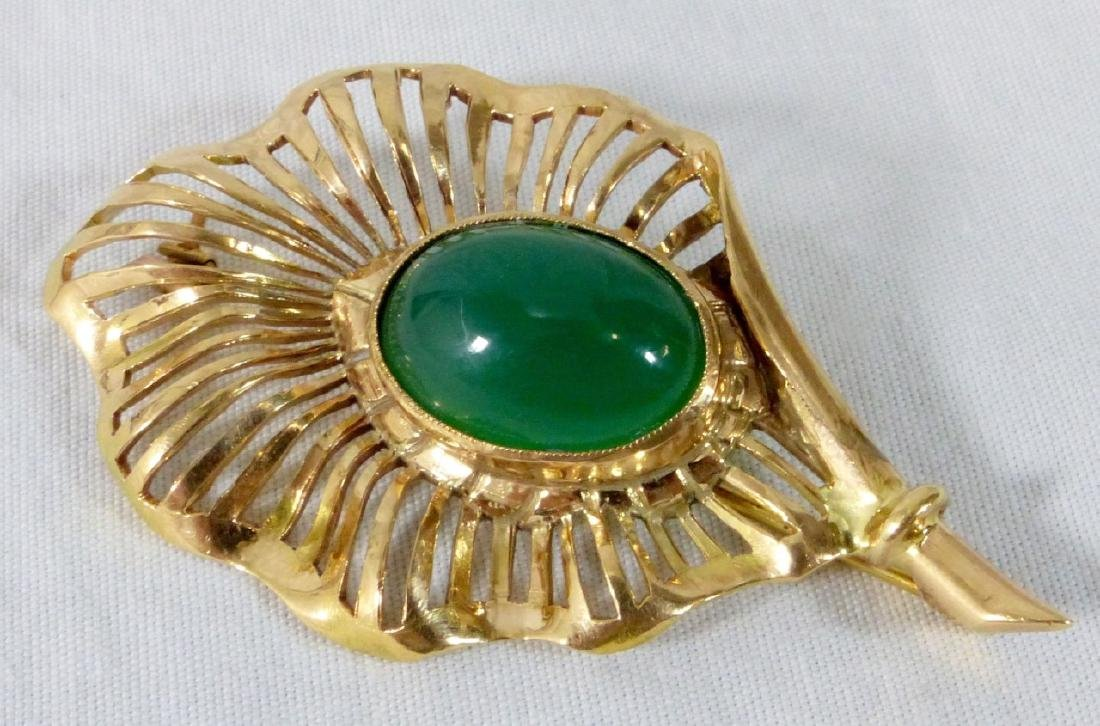 JADE 14kt YELLOW GOLD SPRAY BROOCH