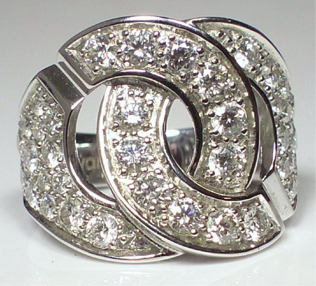 DINH VAN 18kt WG & DIAMOND MENOTTES RING