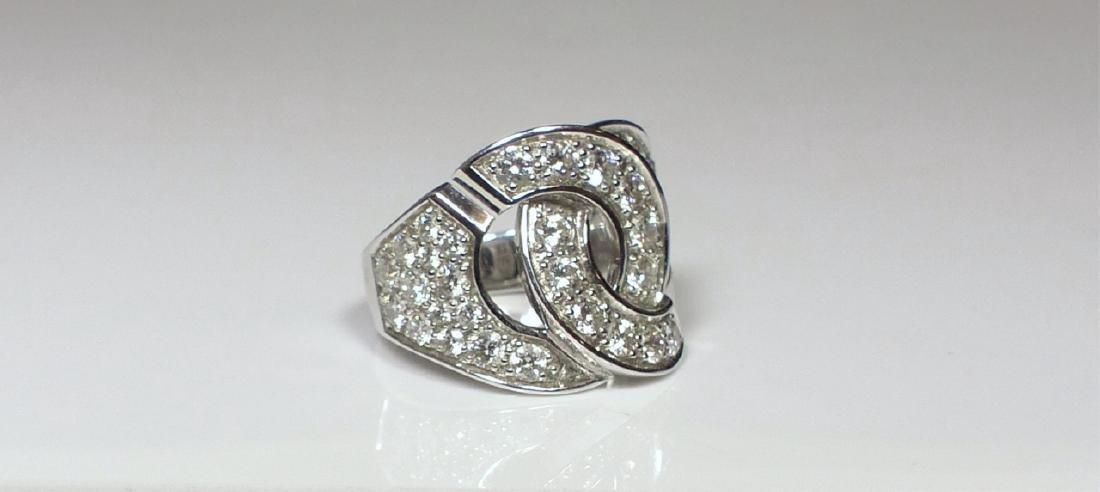 DINH VAN 18kt WG & DIAMOND MENOTTES RING - 6