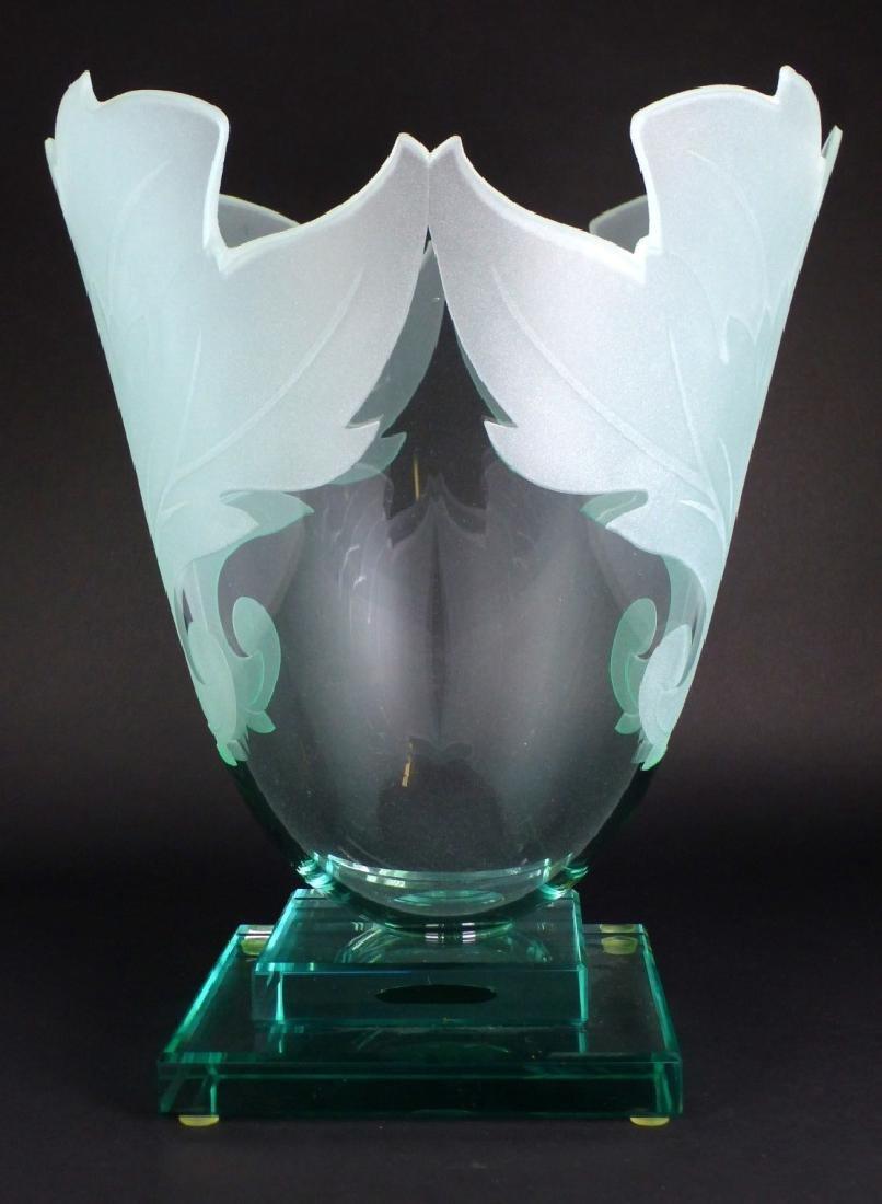 GUNTHER LUNA ART GLASS VASE
