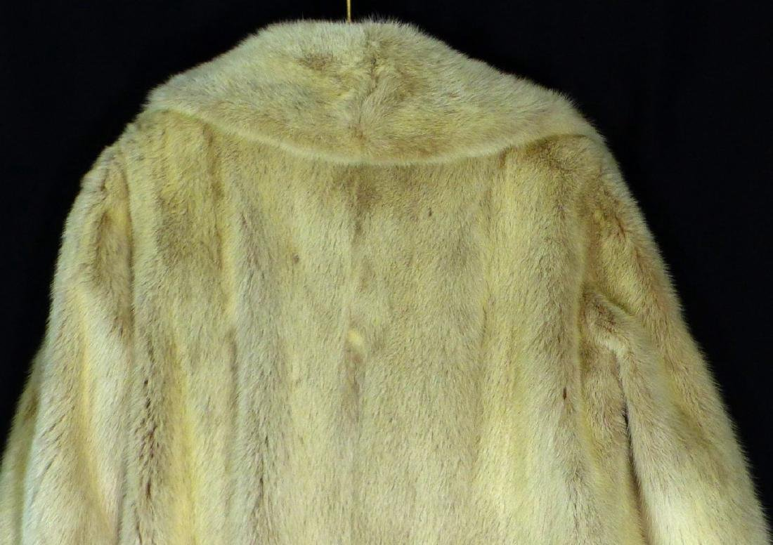 VINTAGE CREAM MINK FUR COAT HALF LENGTH - 10