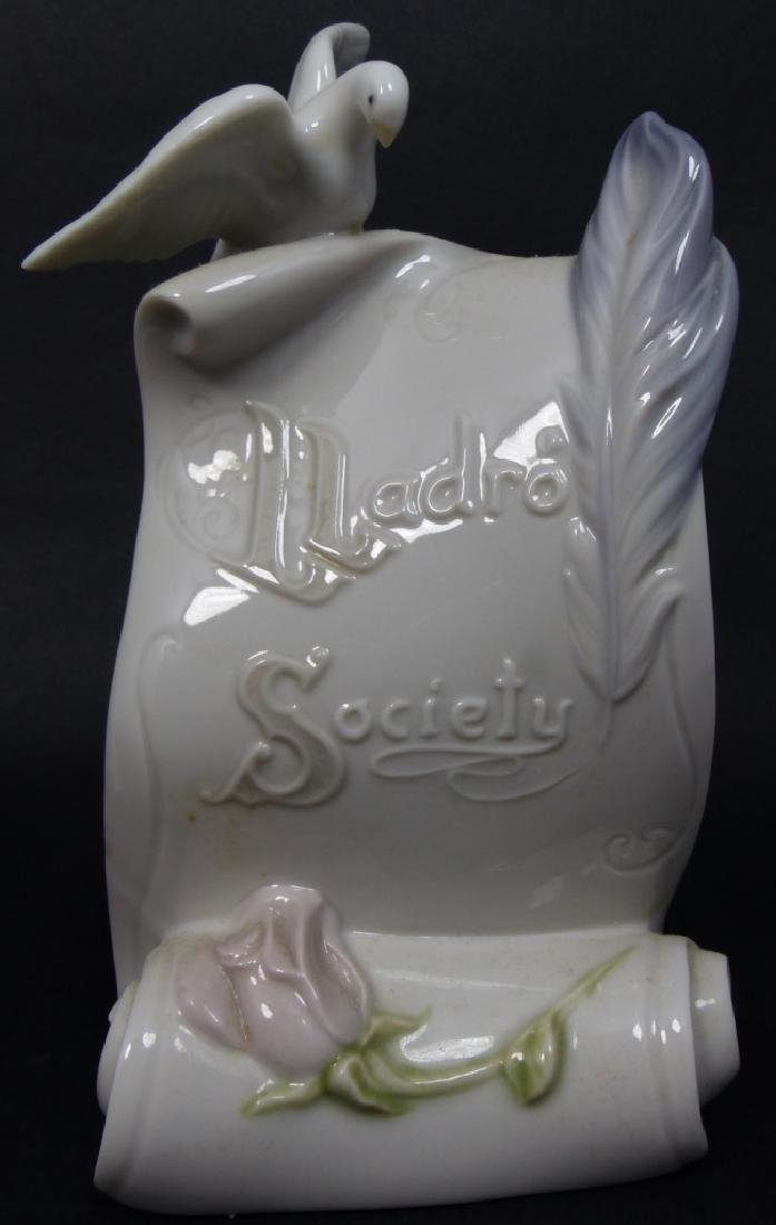 2pc LLADRO SOCIETY PORCELAIN PLAQUES - 3