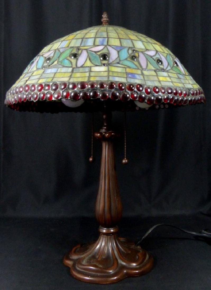 AMERICAN JEWELED STAINED LEADED GLASS TABLE LAMP