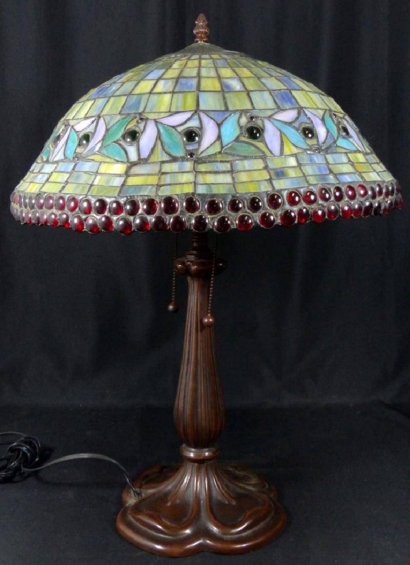 AMERICAN JEWELED STAINED LEADED GLASS TABLE LAMP - 2