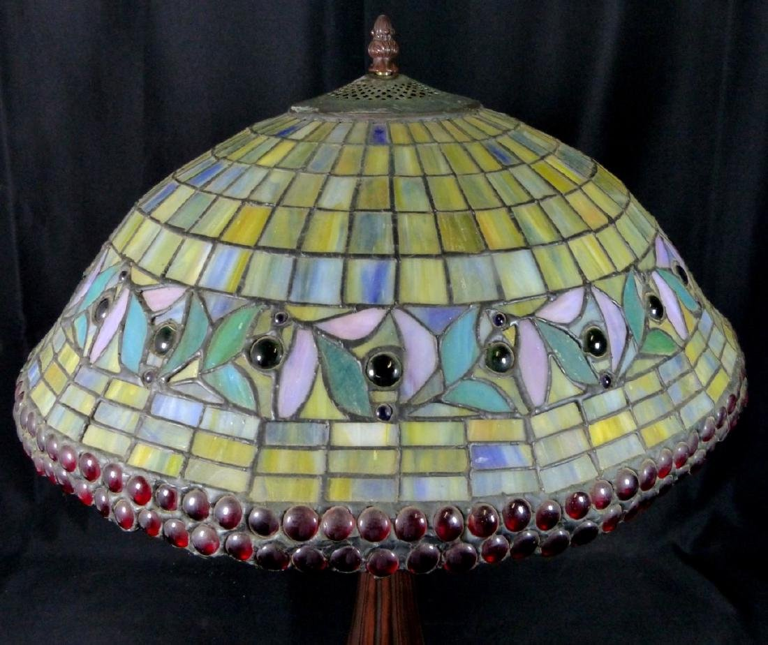 AMERICAN JEWELED STAINED LEADED GLASS TABLE LAMP - 5