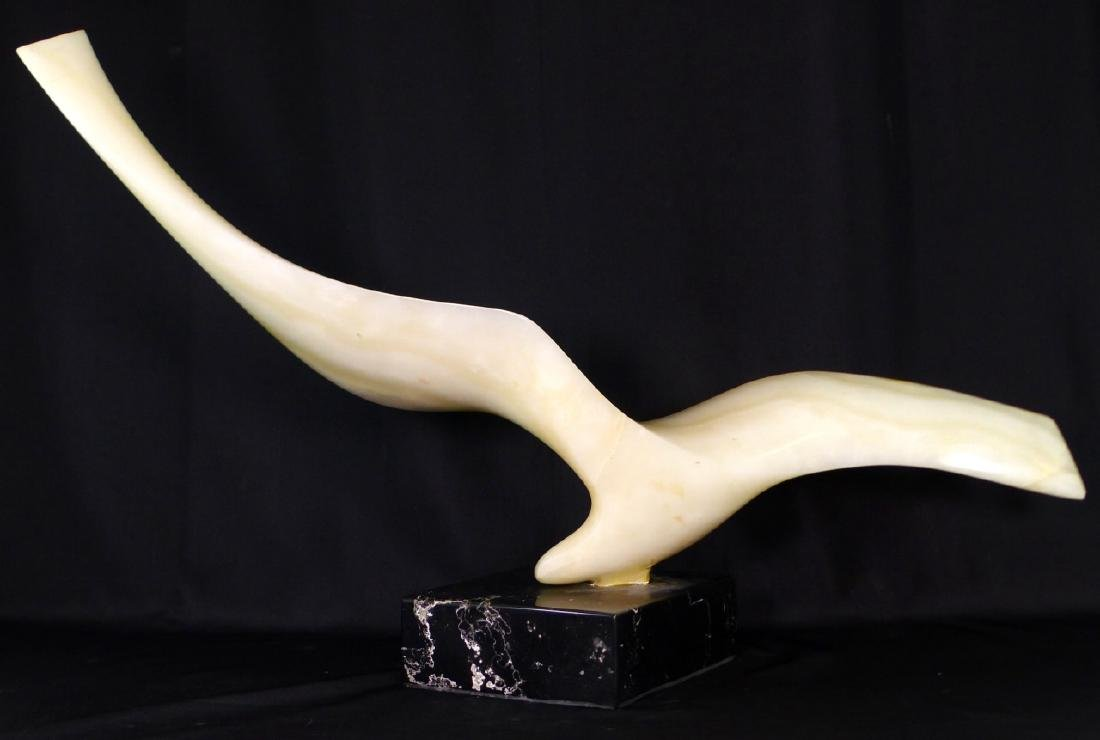 LEONARDO NIERMAN 'BIRD IN FLIGHT' ONYX SCULPTURE