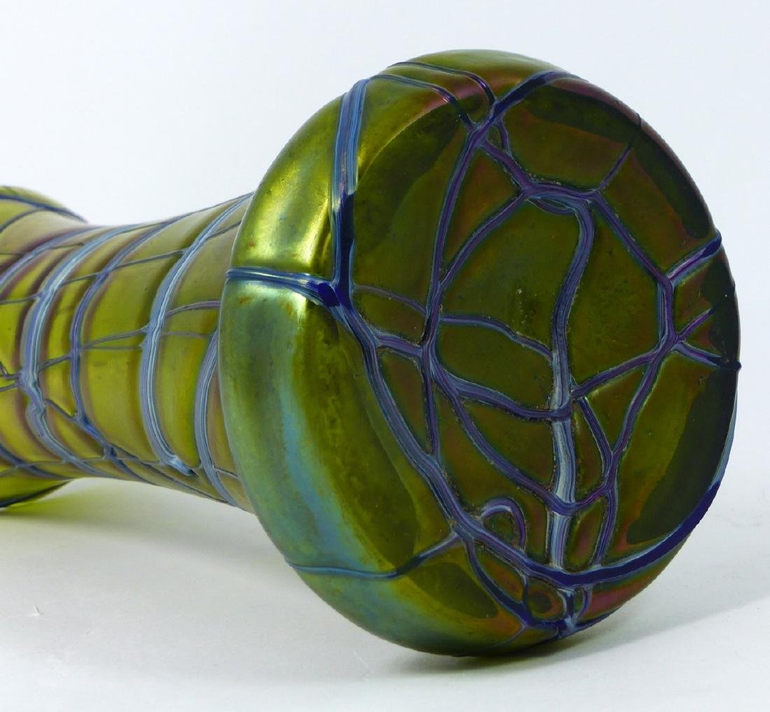 LOETZ CZECH IRIDESCENT THREADED GLASS VASE - 9