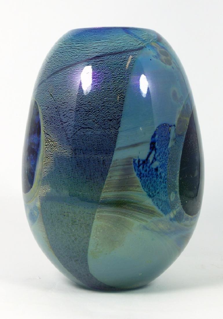 ROBERT EICKHOLT IRIDESCENT STUDIO ART GLASS VASE - 2